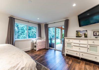 594 176 St Surrey BC V3S 9S6-large-020-21-Bedroom-1500x1000-72dpi